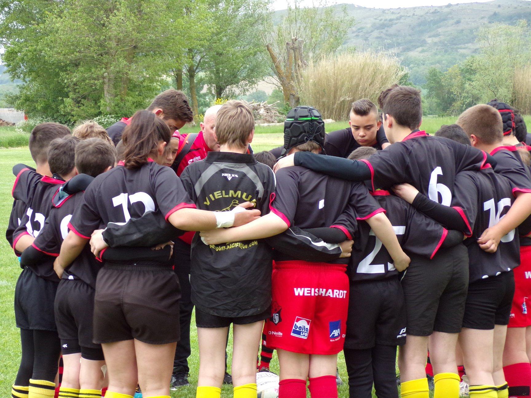 https://scg-rugby.com/wp-content/uploads/2018/05/32072964_10215642074023465_3884281900386222080_o.jpg
